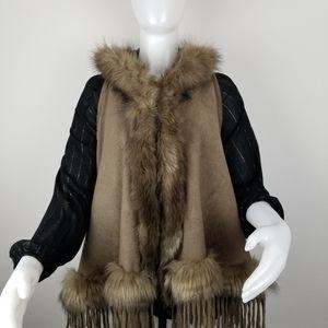 Northern Angel Lg/XL Faux Fur Hooded Knit Vest